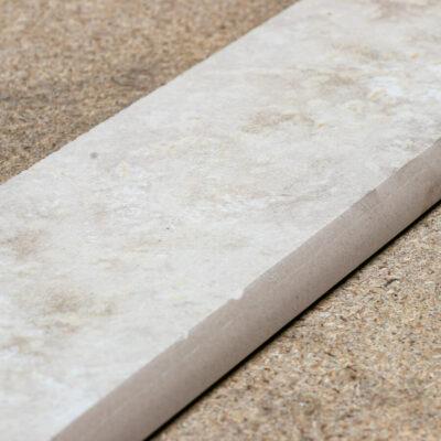 Cerdomus Pietra d'Assisi Bianco Plint 8 x 40 cm_2
